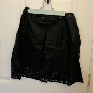Bebe leather skirt NWT black